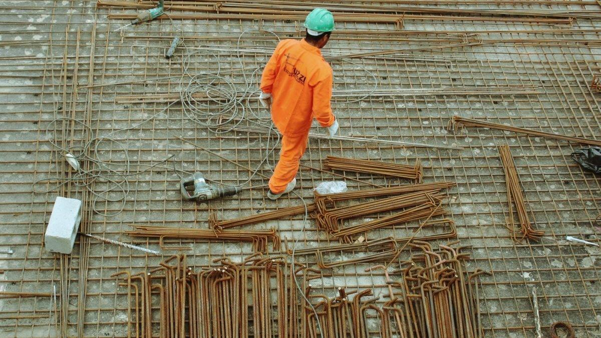 pracownik-budowy-Gdansk